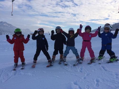 Kinder Skischule